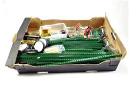 Large Quantity of Meccano parts including many Green