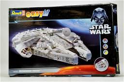 Revell Easy Kit plastic issue Star Wars Millennium