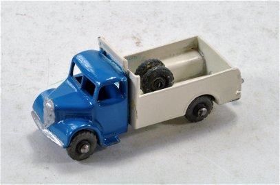 Matchbox 1-75 Regular Wheels issue extremely scarce