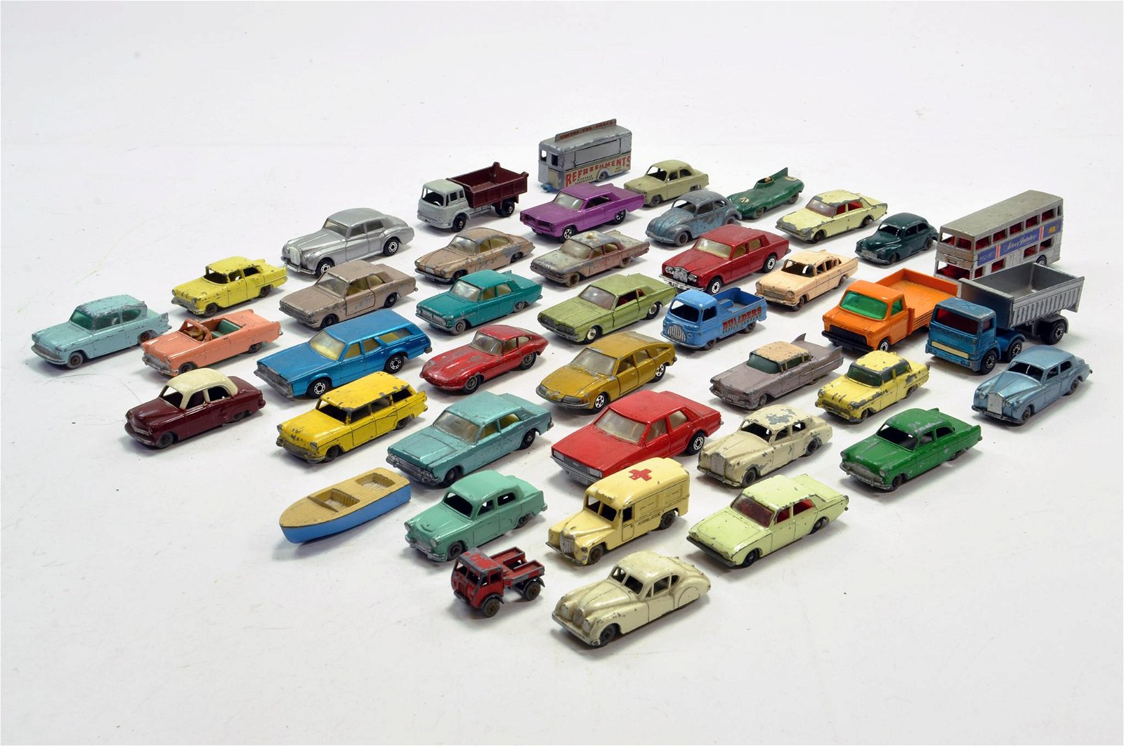 Matchbox diecast group comprising various issues