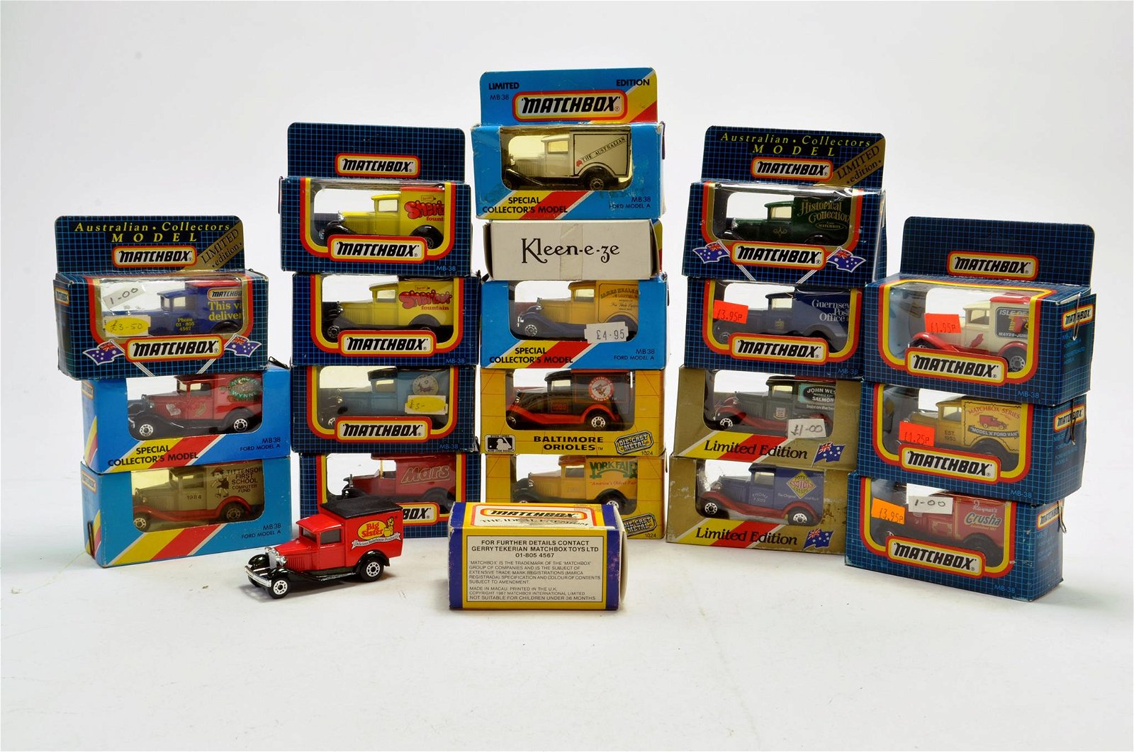 Matchbox diecast group comprising various boxed issues.