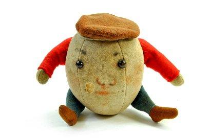 Vintage Steiff Humpty-Dumpty, original, circa 1912.