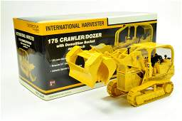 First Gear 125 International 175 Crawler Tractor with