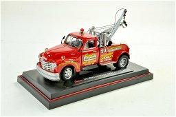 Saico 1/24 diecast truck issue comprising Chevrolet