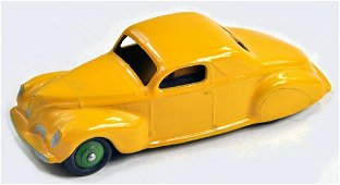 Dinky No. 39C Lincoln Zephyr with yellow body, mid
