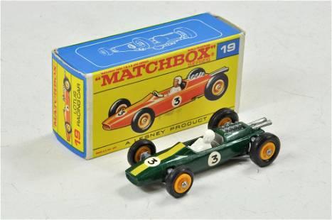 Matchbox Regular Wheels No. 19d Lotus F1 Racing car in