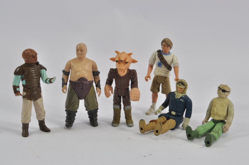 Mixed Selection of Action Figures including Star Wars