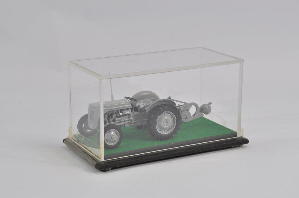 Finely built model in 1/32 scale of a Ferguson TE20