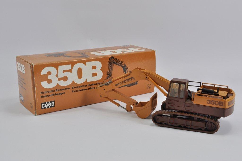 Conrad 1/32 scale Case Poclain 350B Excavator. E to NM