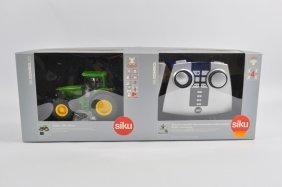 Siku 1/32 Radio Control John Deere 6920s Tractor. E In