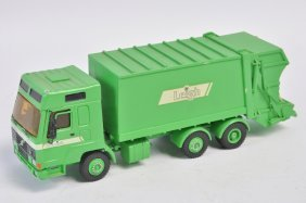 Hand Built 1/48 Smith Auto Models Leigh Refuse Truck.