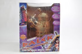 Bbc Dr Who Large Scale Battery Operated Darlek Figure.