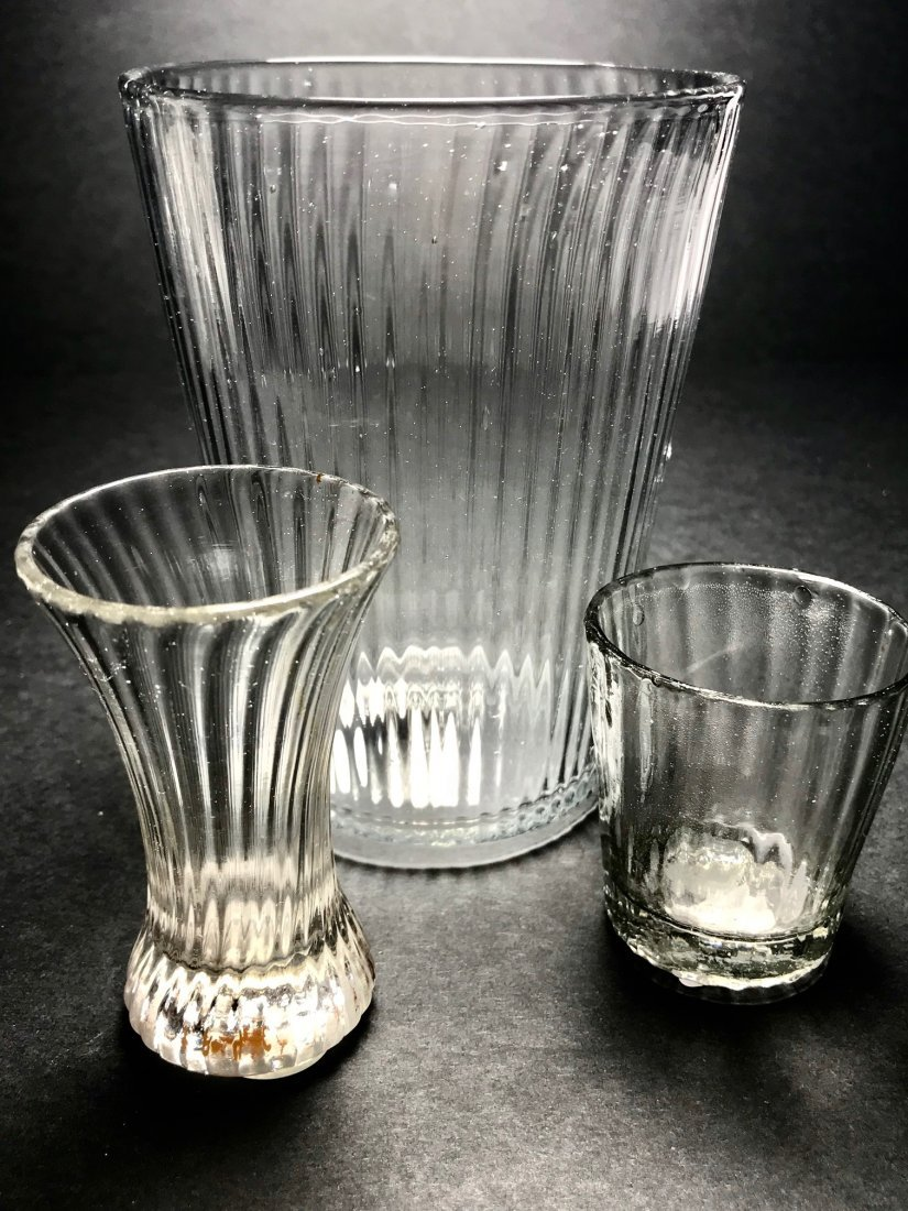 PATTERN MOLDED GLASS LOT