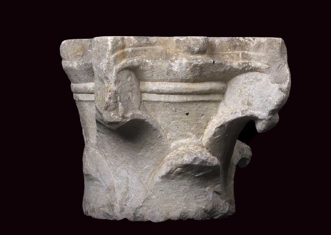 CAPITELLO CORINZIO A FOGLIE LISCE II secolo d.C. - 2