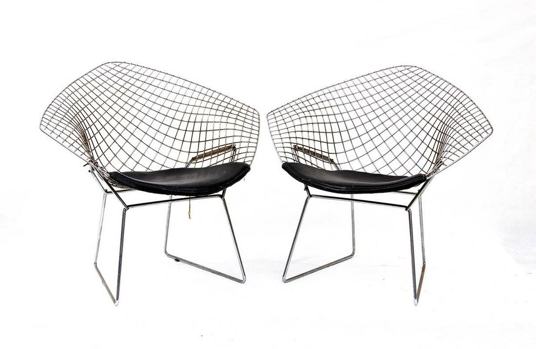 HARRY BERTOIA - KNOLL - Two chairs with leather sitting