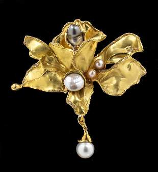 Pearls and diamonds brooch