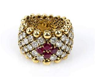 Gold, rubies and diamonds ring