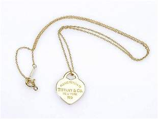 Gold necklace with pendant - by TIFFANY & CO.