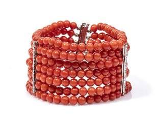 Gold, coral and diamonds bracelet