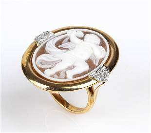 Gold ring with shell and diamonds cammeo - by ROVIAN