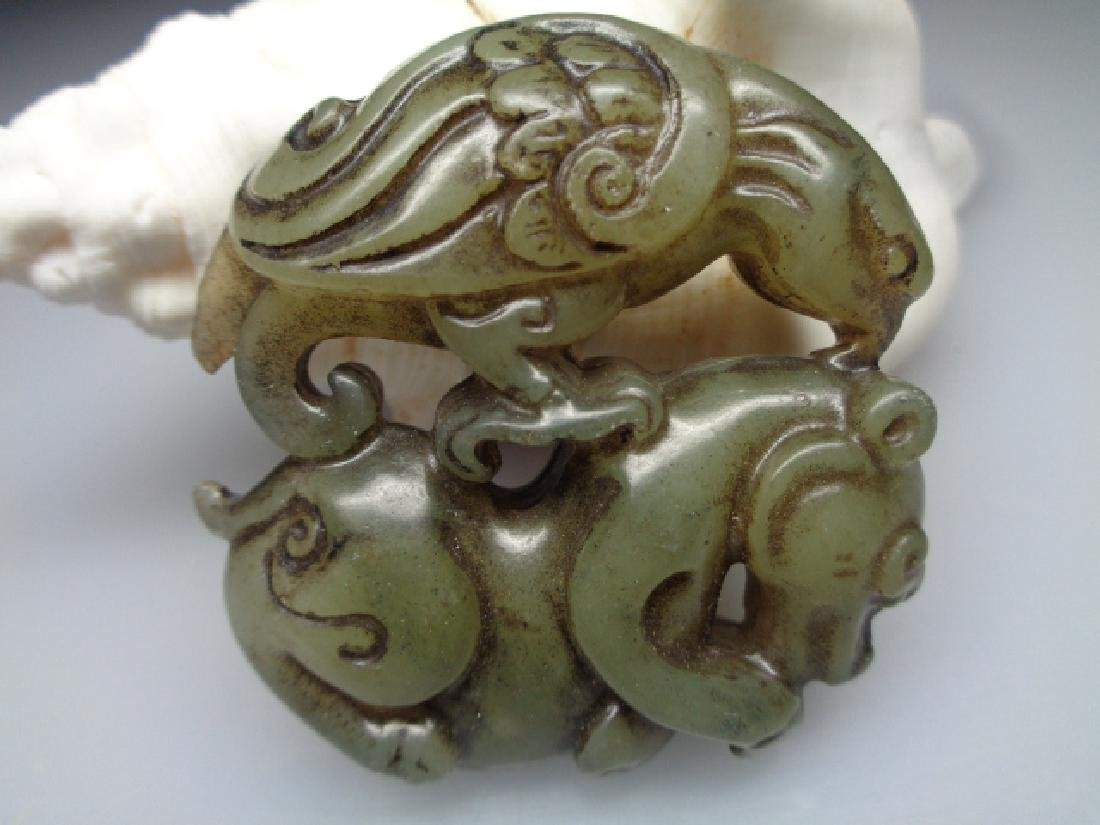 The old Chinese natural jade eagle and bear pendant - 2