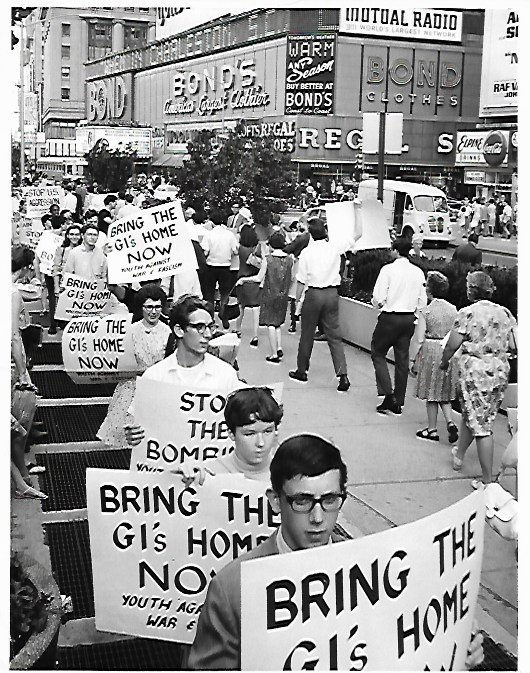 1966 New York Pickets in Times Square Call for War