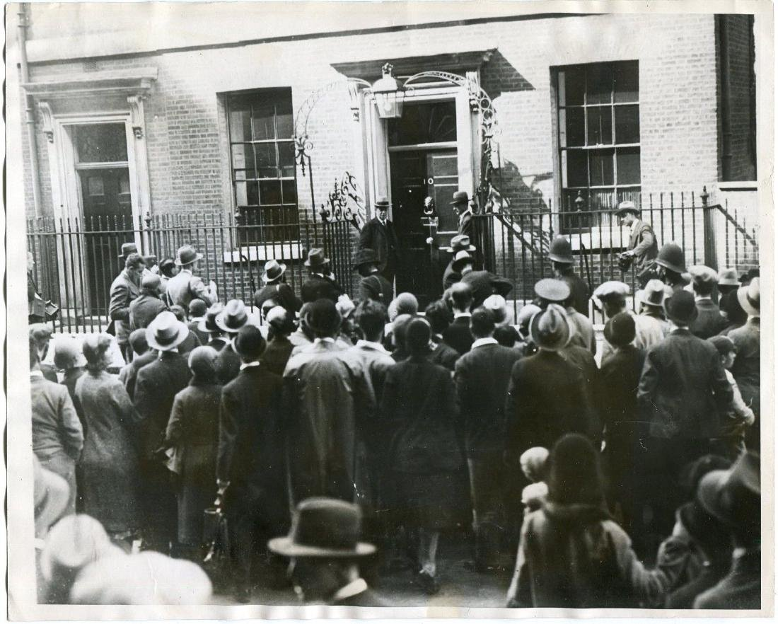 1931 End of Labor Government 10 Downing Street Scene Or