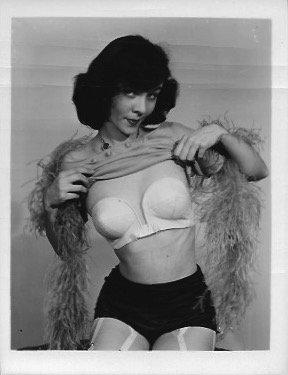 Vintage  B&W Pinup Photo Sexy Girls Photo