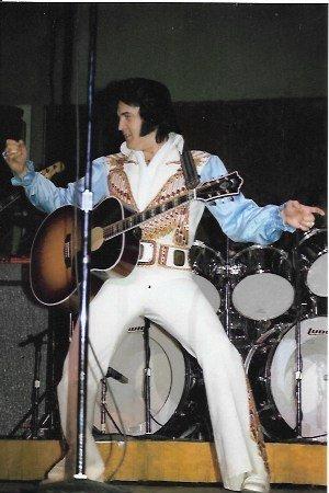 Color Elvis Photo
