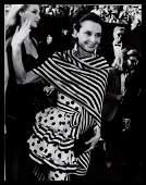 B&W VTG1988 AUDREY HEPBURN BREAKFAST TIFFANY'S - PHOTO