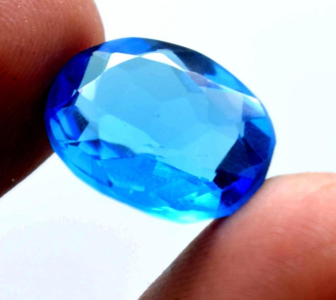 7.90 CT Oval CUT Swiss Blue Topaz Gems IGL Certificate. - 3