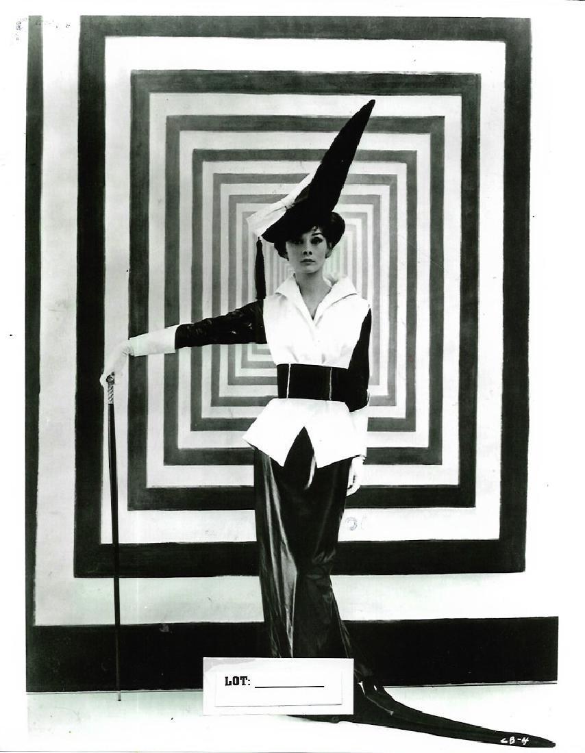 B&W Celebrity Model -Photo Print Size: 8 x 10 Inches.