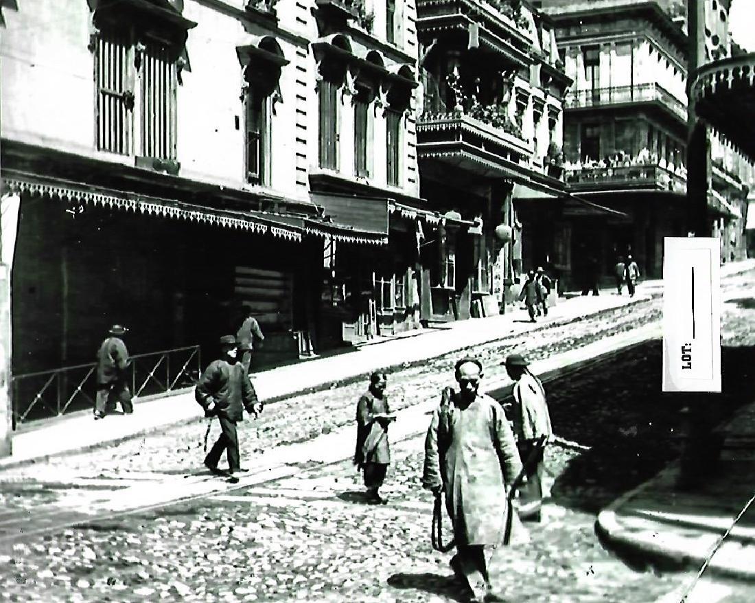 B&W C 1901 Chinatown CA - Photo