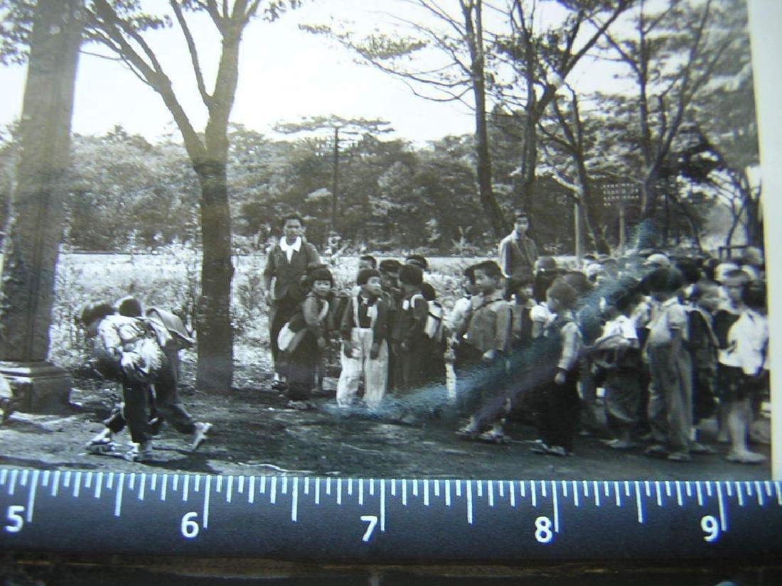 B&W VTG WW2 Japanese school kids post war.Photo - 3