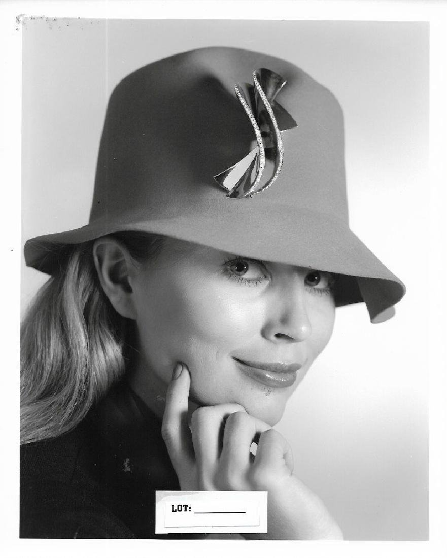 Vintage B & W 1960-1970. Fashion Model. Photo