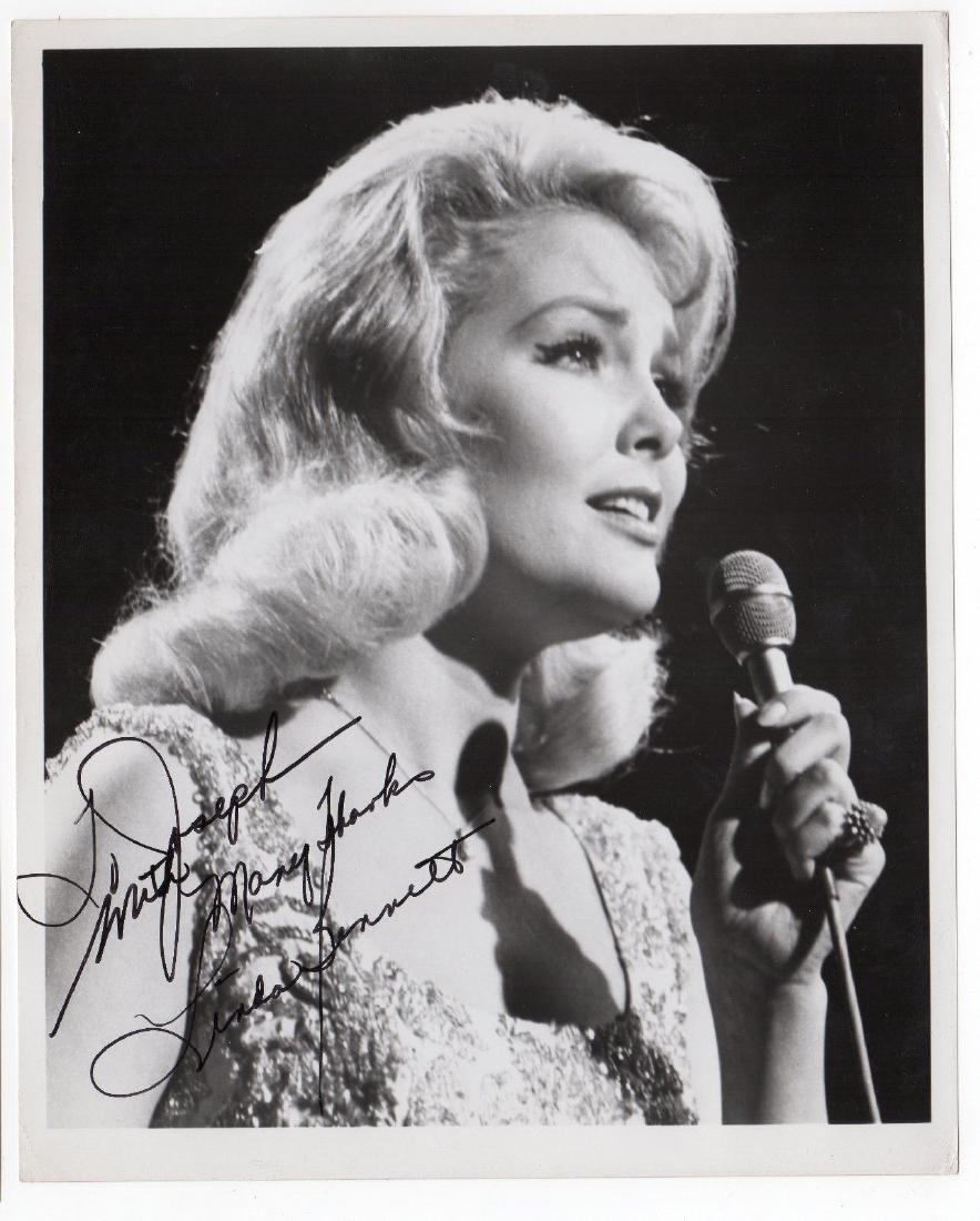Linda Bennett, Singer, Signed Photo