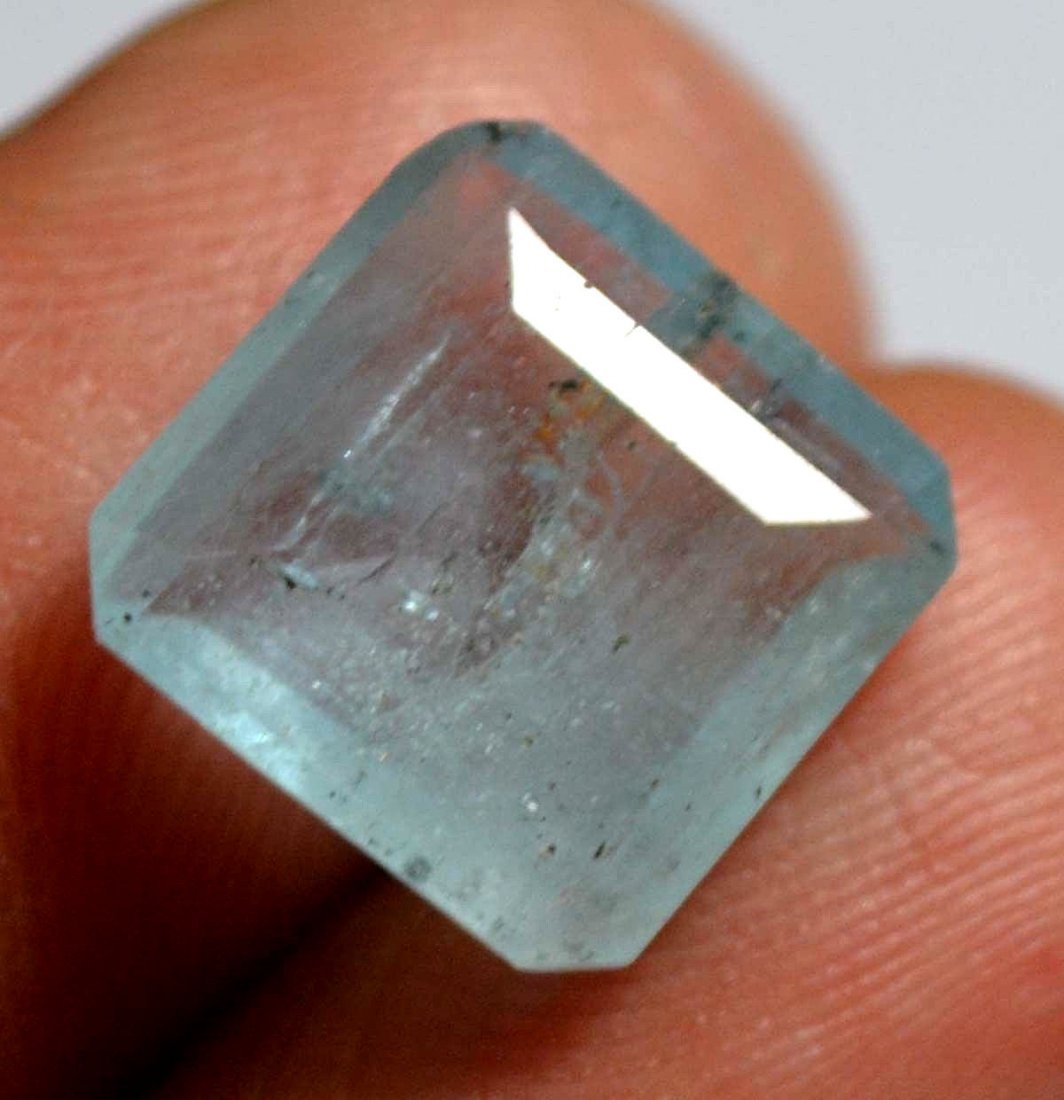 Certified 4.15 CT Natural Fine Quality Earth Mined Aqua