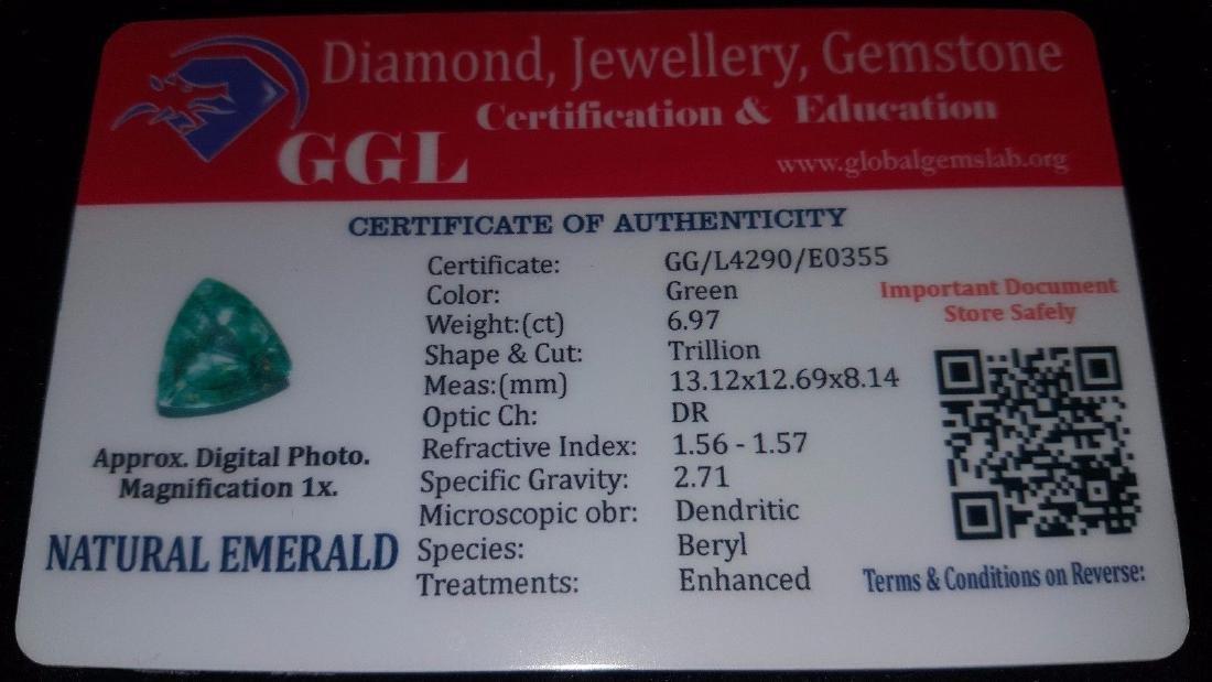 Natural 6.97 Ct Certi Trillion Shape Colombian Emerald - 5