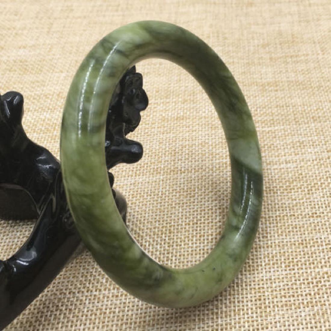 Natural Bangle Bracelet. inner: 68mm