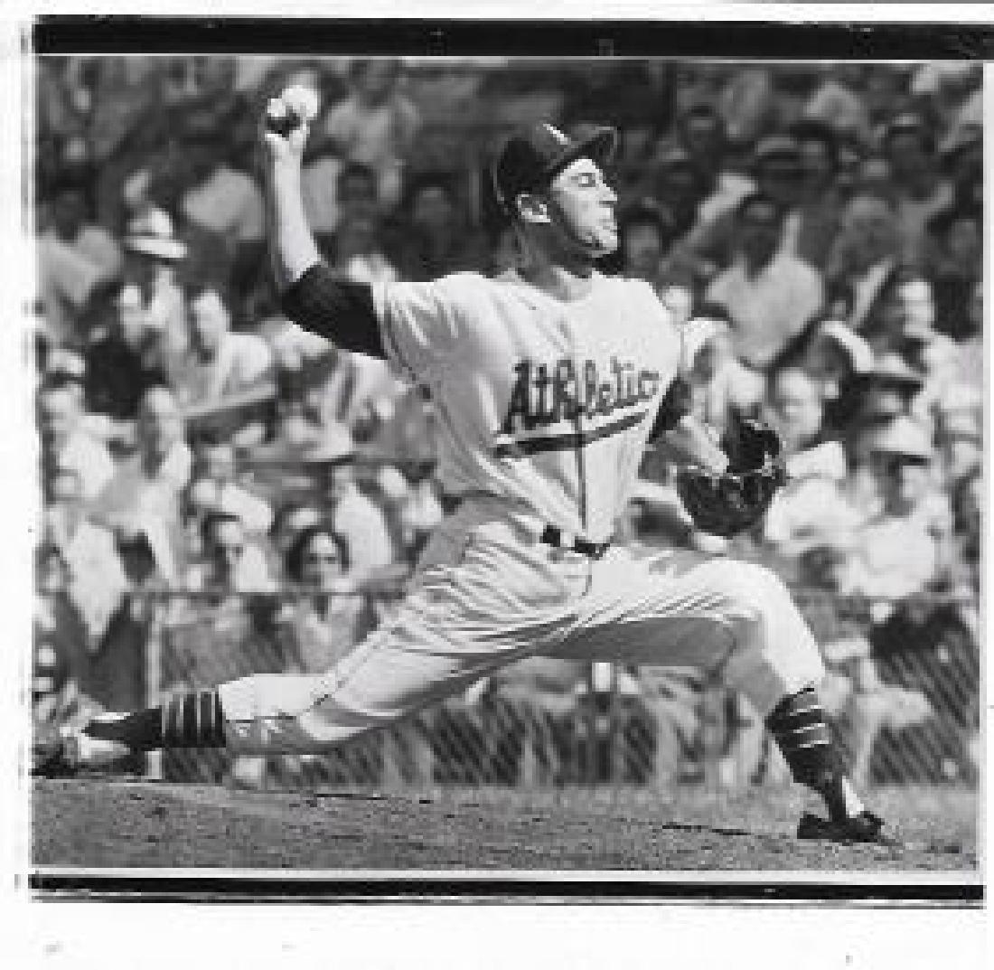 1958  Photo Duke Maas baseball Athletics
