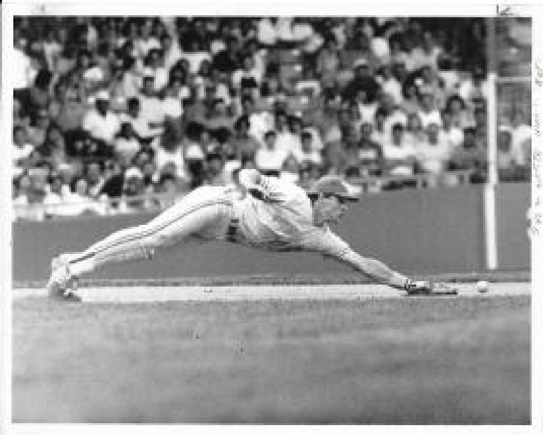 Photo Toronto Baseball Player.