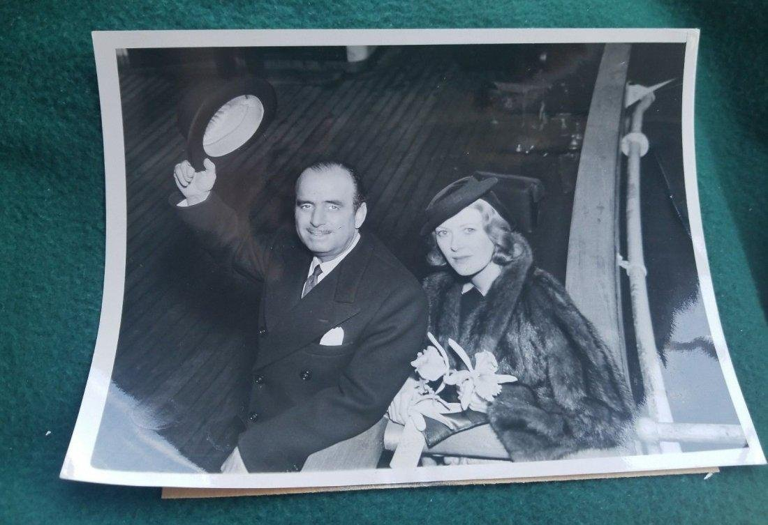 B&W 1937 Douglas Fairbanks/ Lady Silvia Photo