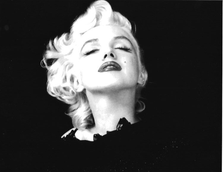 B & W Marylin Monroe -Photo