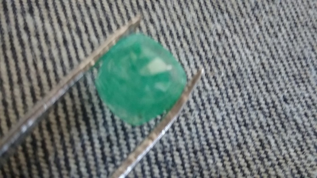 Natural 4.90 GGL Certified Green Emerald Mozo Marquise