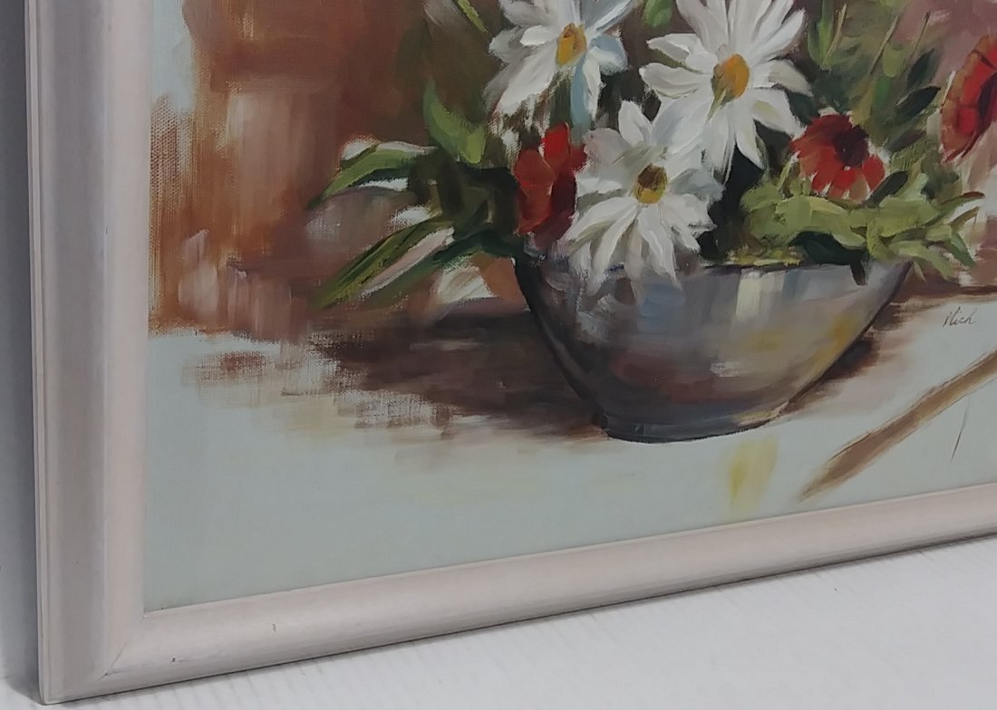 Bouquet of Flower Oil Painting on Canvas Signed - 2