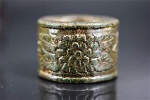 19th c. Jade Carved Thumb Ring.Inside diameter:26mm