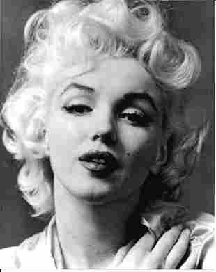 Marylin Monroe Photo. Print Size: 8 x 10 . Good