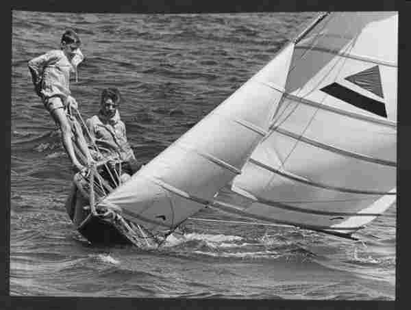 B&W Vtg -Photo. 1970 Small Craft Sailing On Sydney