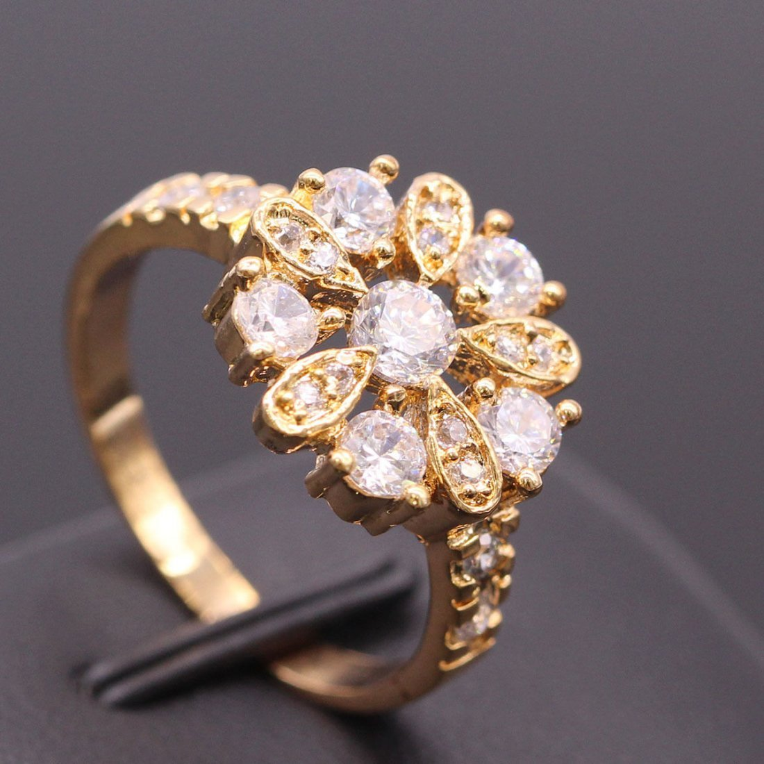 White Zircon Crystal Ring 18K Gold Plated Ring 7