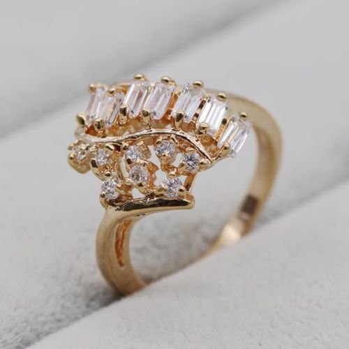 White Zircon Ring 18k Yellow Gold Plated Ring Size 6